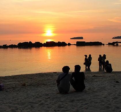 Tak Perlu ke Raja Ampat Untuk Snorkeling, Pulau Tidung Aja!